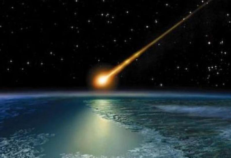 Камеры сняли падающий метеорит в Австралии