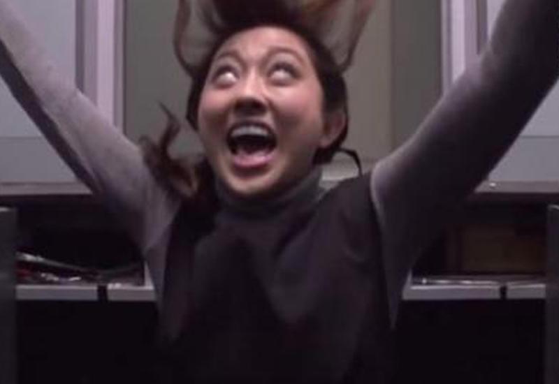 Японские телевизионщики подстроили жестокий розыгрыш в лифте