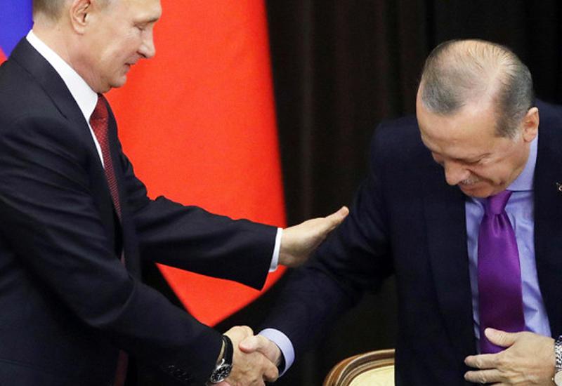 """Путин уронил стул Эрдогана <span class=""""color_red"""">- ВИДЕО</span>"""