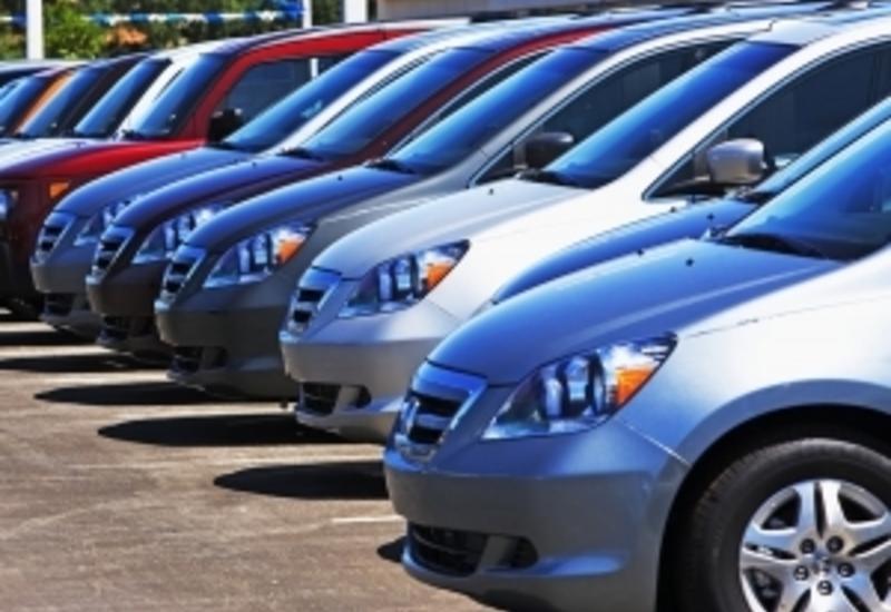 Азербайджан повышает таможенные пошлины на импорт автомобилей
