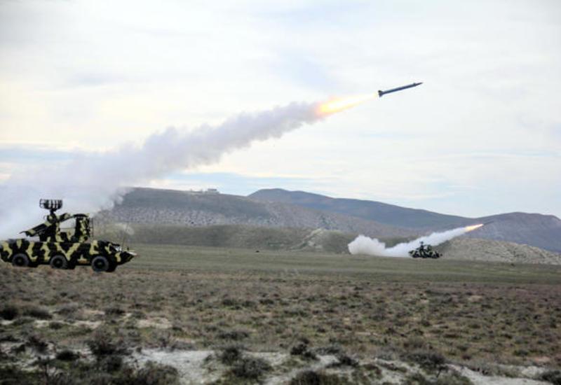 Азербайджанская армия провела тактические учения
