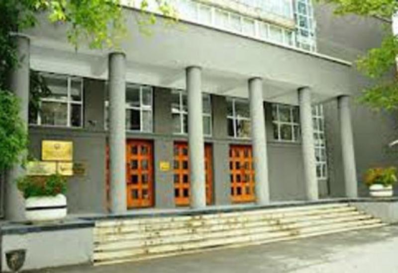 В Азербайджане предлагают регулировать операции по импорту и экспорту