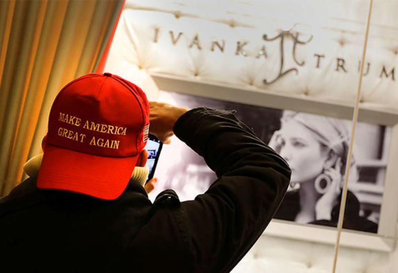 Студентке из Калифорнии грозит тюрьма за кражу кепки с лозунгом Трампа