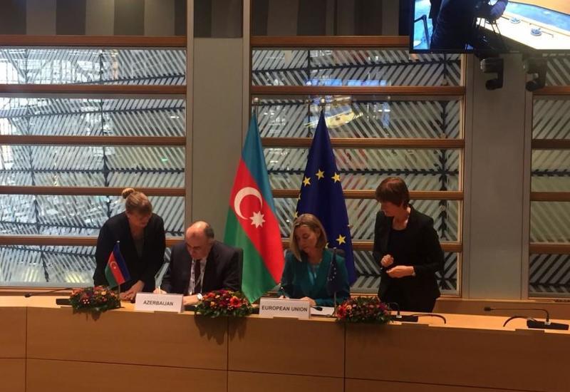 """Азербайджан и ЕС подписали документ по Трансъевропейской транспортной сети <span class=""""color_red"""">- ФОТО</span>"""