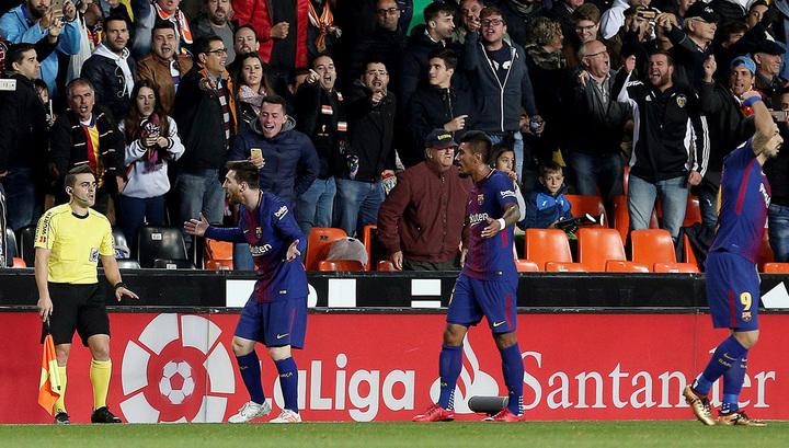«Барселона» играет вничью с«Валенсией», рефери незасчитывает гол Месси
