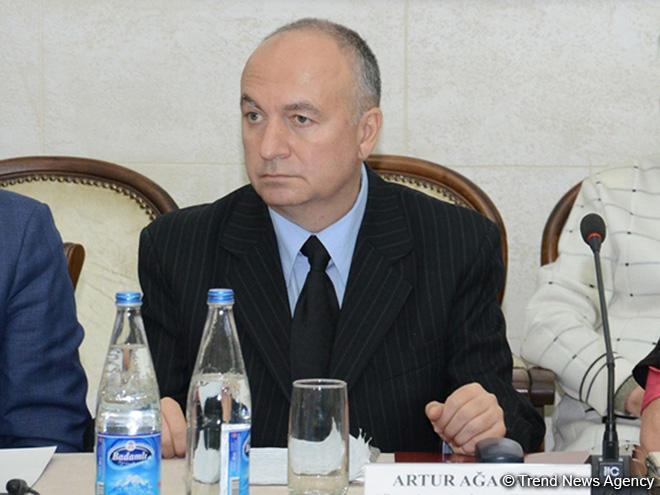 Баку ведет работу повозвращению тела погибшего военнослужащего