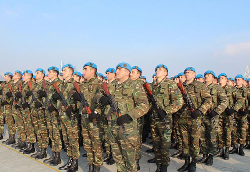 """Азербайджан принял новый закон """"О Вооруженных силах"""""""