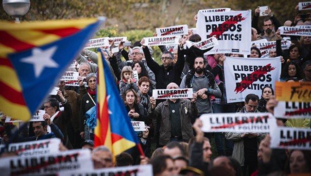 Пучдемон непланирует возвращаться вИспанию без мандата
