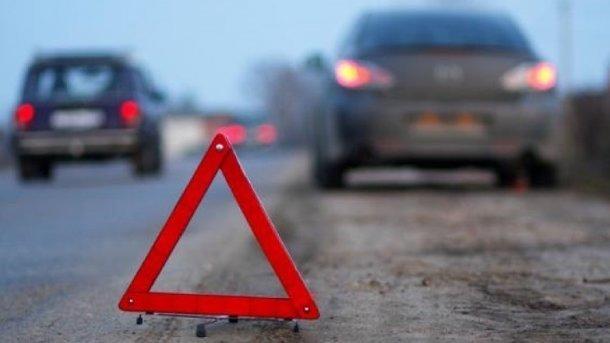 ВоФранции столкнулись 13 авто из-за гололеда итумана