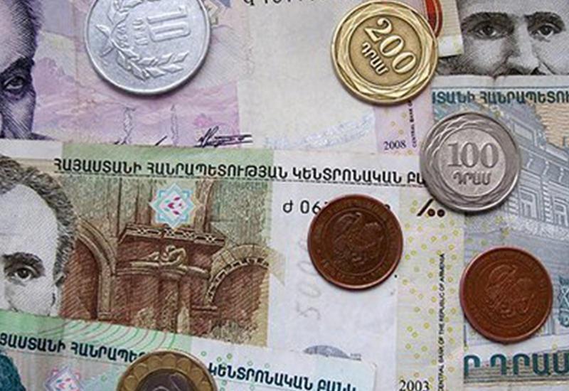 Каждый гражданин Армении задолжал миру 2200 долларов