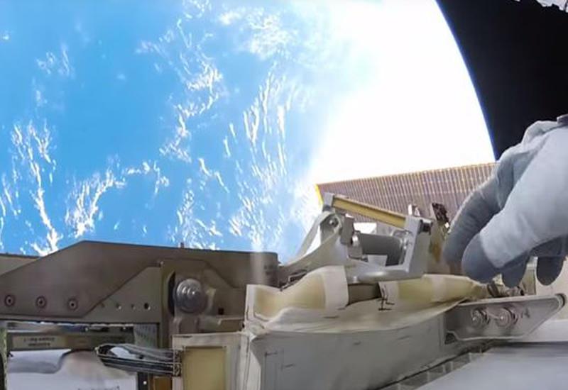 Рабочие будни в открытом космосе глазами 50-летнего астронавта