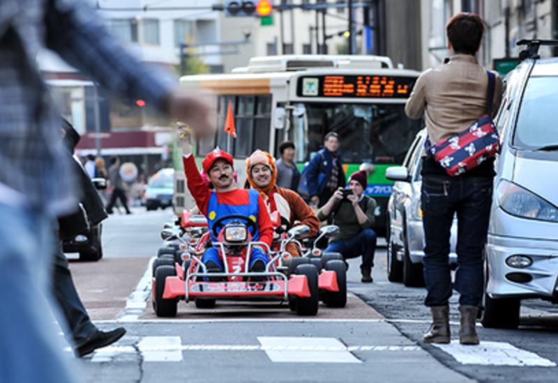 В Токио ополчились на туристов в костюмах персонажей Mario