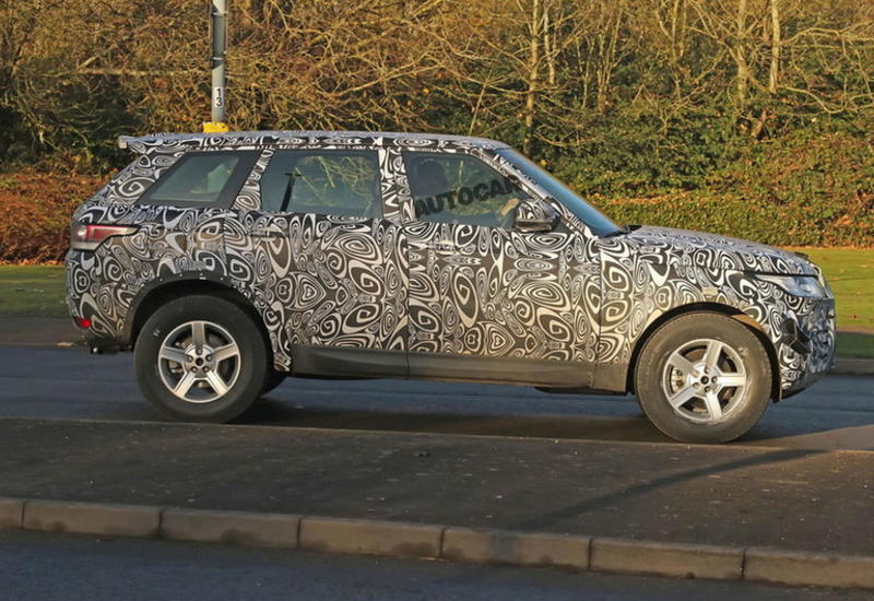 """Новый Land Rover впервые сфотографировали на тестах <span class=""""color_red"""">- ФОТО</span>"""