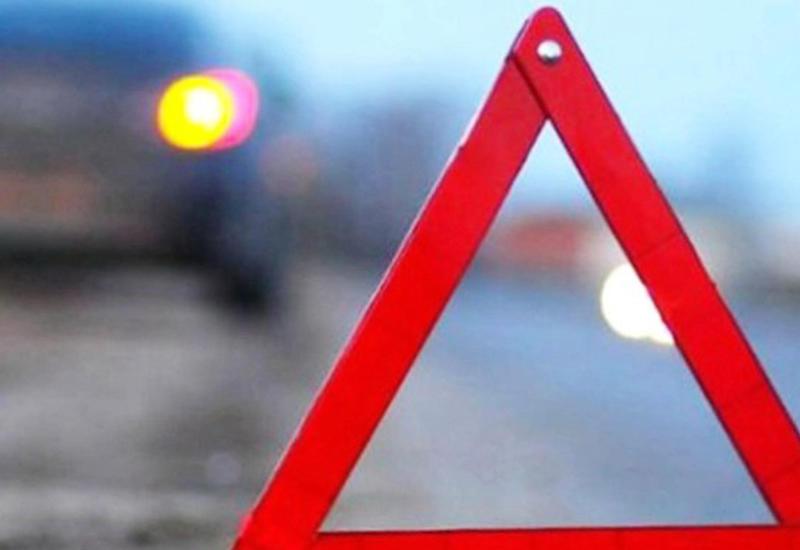 В Баку водитель сбил насмерть пешехода и скрылся с места ДТП