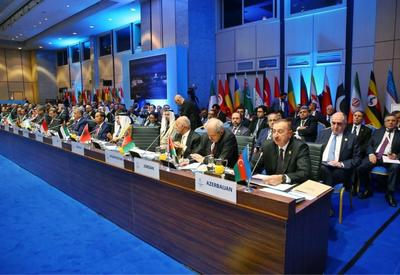 Президент Ильхам Алиев: Разрушающая священные мечети Армения не может быть другом мусульманских стран
