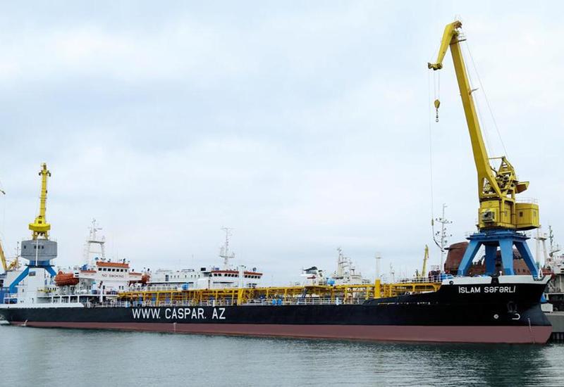 "Азербайджан завершает ремонт нефтяного танкера <span class=""color_red"">- ФОТО</span>"