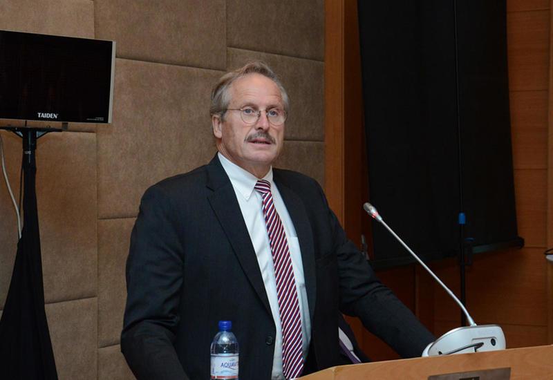 Роберт Секута: Азербайджан превращается во все более важный транзитный хаб