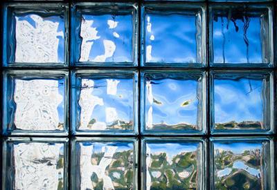 """В Японии создали самовосстанавливающееся стекло <span class=""""color_red"""">- ВИДЕО</span>"""