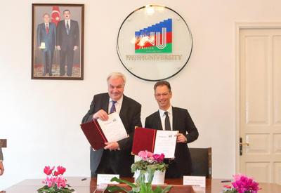 """Bakcell и Западный университет подписали меморандум о сотрудничестве <span class=""""color_red"""">- ФОТО</span>"""