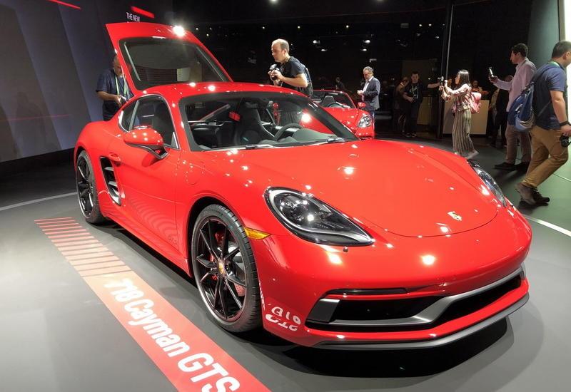 """Спорткары Porsche 718 GTS официально представлены в Лос-Анджелесе <span class=""""color_red"""">- ФОТО</span>"""