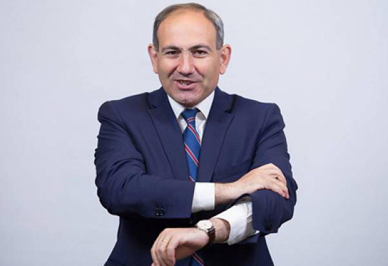 """Армянский депутат об интервью Саргсяна: """"Давно я так не смеялся"""""""