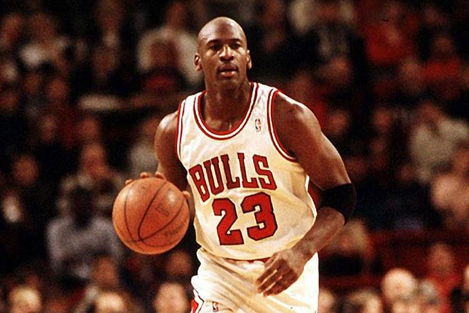 Майкл Джордан возглавил рейтинг самых богатых спортсменов всех времен