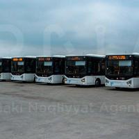 """В Баку привезли новые автобусы <span class=""""color_red"""">- ФОТО</span>"""