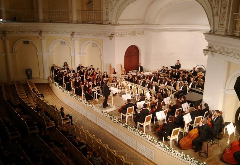 """В Филармонии прекрасным концертом отметили юбилей композитора Джалала Аббасова <span class=""""color_red"""">- ФОТО</span>"""