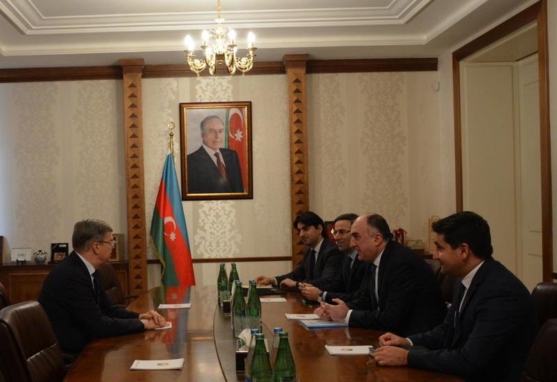 Эльмар Мамедъяров на встрече с российским послом