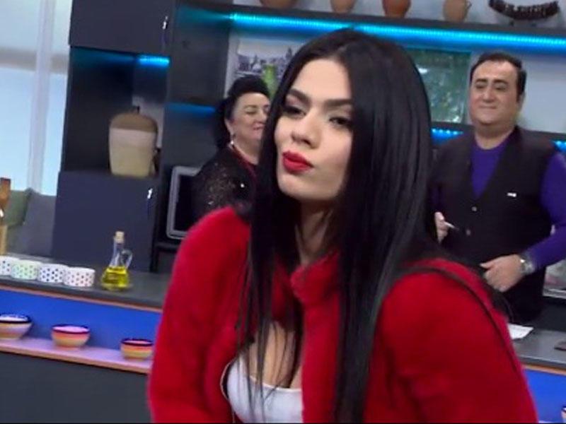 Rəqsanənin qızı efirə bu geyimdə çıxdı - FOTOLAR
