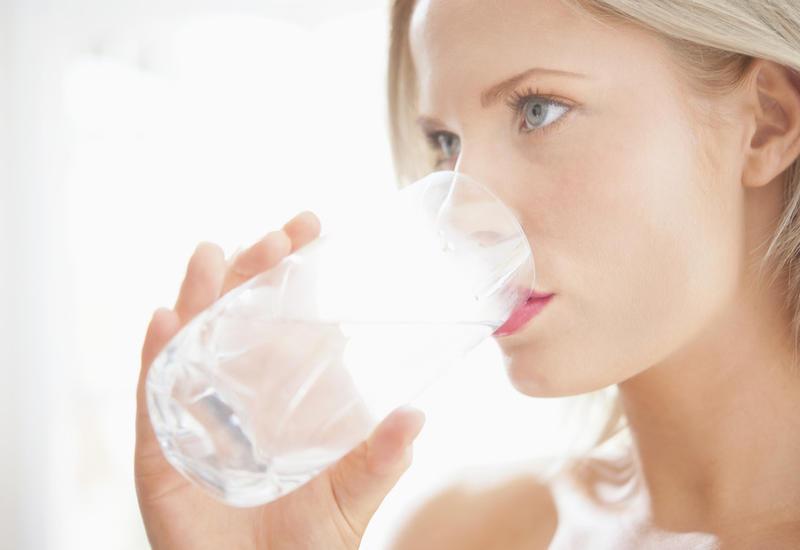 Как регулярно пить воду - 5 хитростей