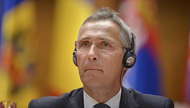 Столтенберг: НАТО обеспокоено активностью русских подводных лодок