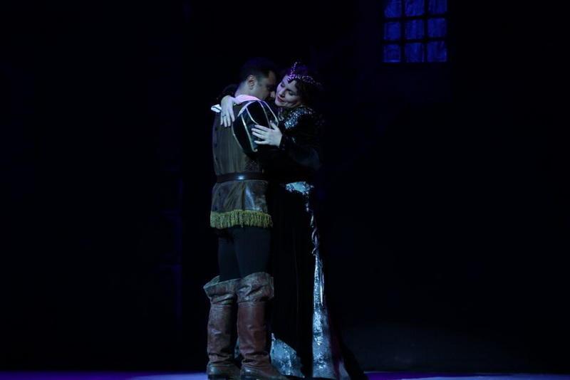 """Трубадур"": Испанские страсти на сцене бакинского Театра оперы и балета"