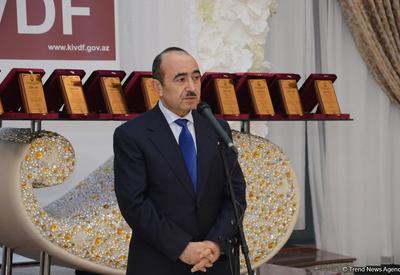 """Али Гасанов: Азербайджанское государство придает особое значение медиа, использует возможности СМИ для построения мостов между государством и обществом <span class=""""color_red"""">- ФОТО</span>"""