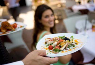 """5 законных способов бесплатно есть в ресторане <span class=""""color_red"""">- ФОТО</span>"""
