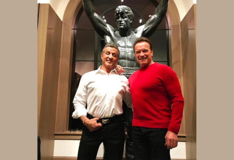 Сильвестр Сталлоне выкупил статую самого себя за 400 тысяч долларов