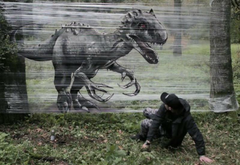 Граффити в лесу: москвич рисует пугающе реалистичных зверей