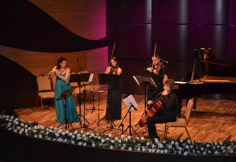 В Центре мугама прошел концерт всемирно известной флейтистки