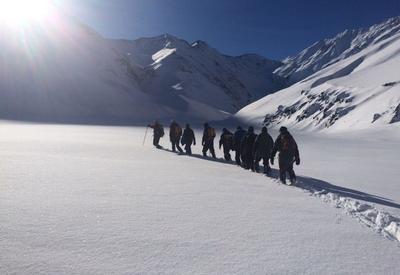 Информация об обнаружении пропавшего альпиниста оказалась ложной
