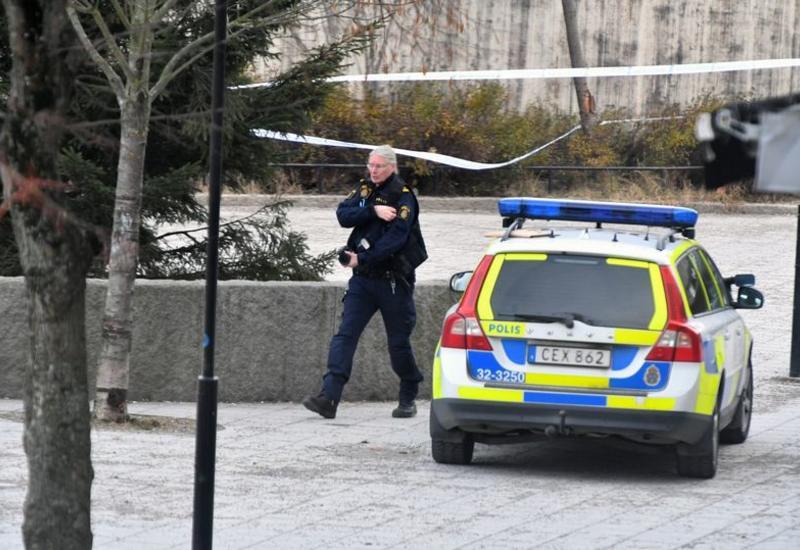 В Швеции преступник ранил ножом восемь человек