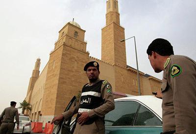 Подозреваемые в коррупции саудовские принцы переведены в тюрьму