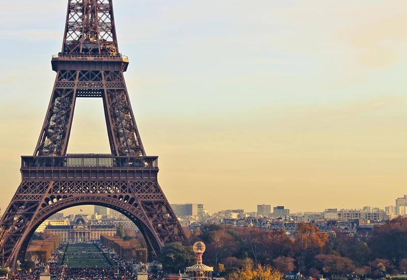 Во Франции предложили отказаться от «смартфонов»
