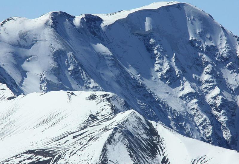 """Азербайджанский альпинист: Лавине все равно, сколько вершин у тебя за спиной. Она просто сметает все <span class=""""color_red"""">- ИНТЕРВЬЮ</span>"""