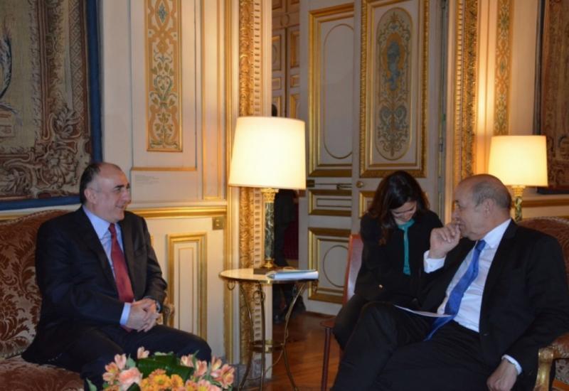 Мамедъяров встретился в Париже с французским коллегой