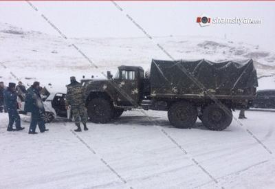 """Армейский грузовик попал в тяжелое ДТП в Армении, есть погибшие <span class=""""color_red"""">- ФОТО</span>"""