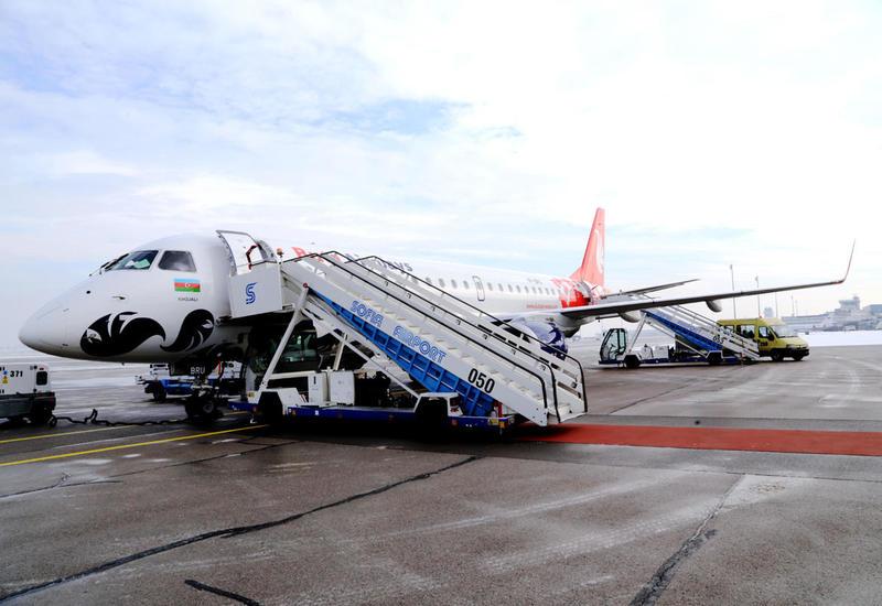 Первый рейс Баку-София: юбилей, каравай с медом и солью, хорошее настроение