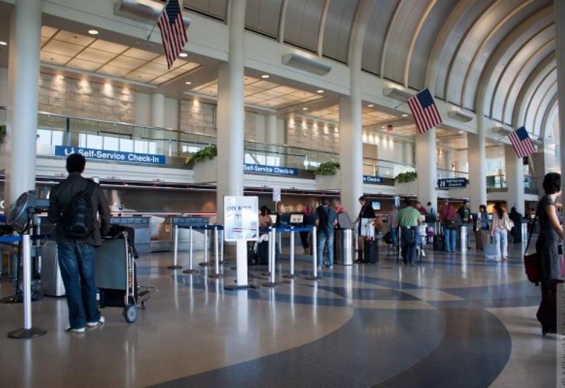 В аэропортах США будут лишать смартфонов при отказе назвать пароль