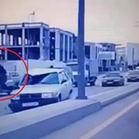 """Страшная авария в Баку: пешехода отбросило на несколько метров <span class=""""color_red"""">- ВИДЕО</span>"""