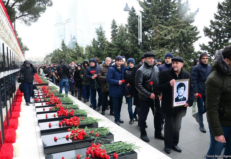 Общественность Азербайджана чтит светлую память жертв трагедии 20 января