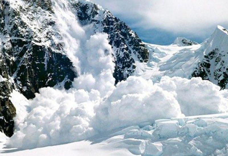 Сход лавины в Турции, есть погибшие и пострадавшие